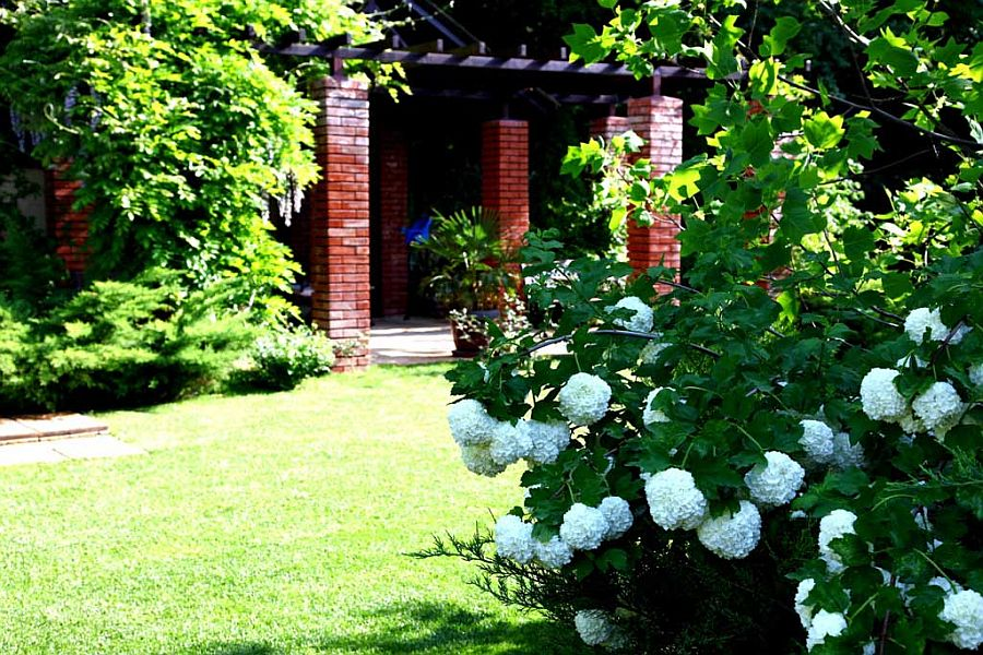 adelaparvu.com despre amenajare gradina Padurea Baneasa, arhitect Sorin Ciorapciu, Babylon Garden (7)