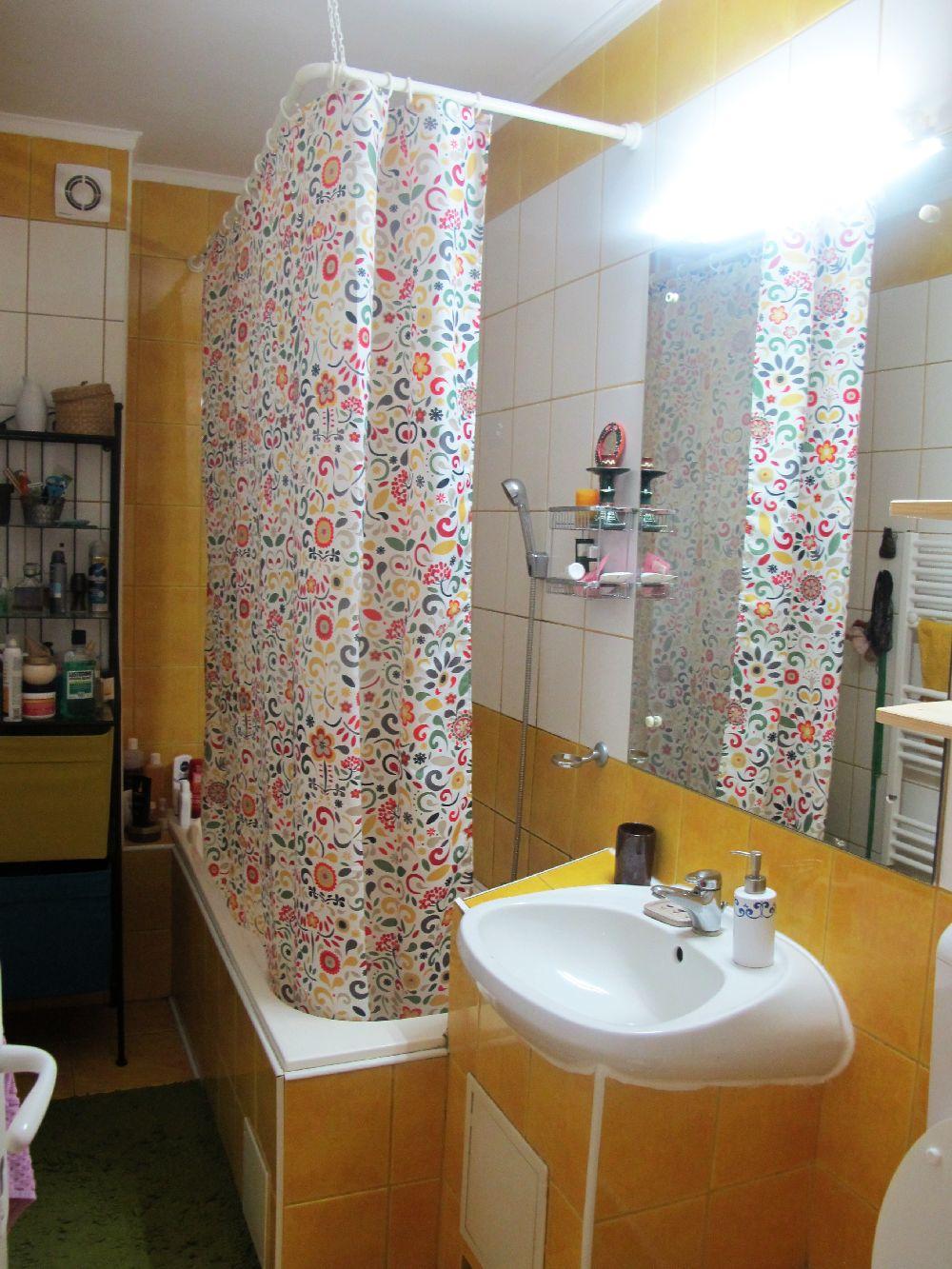 adelaparvu.com despre apartament 3 camere colorat in Sibiu, Foto Adela Parvu (88)