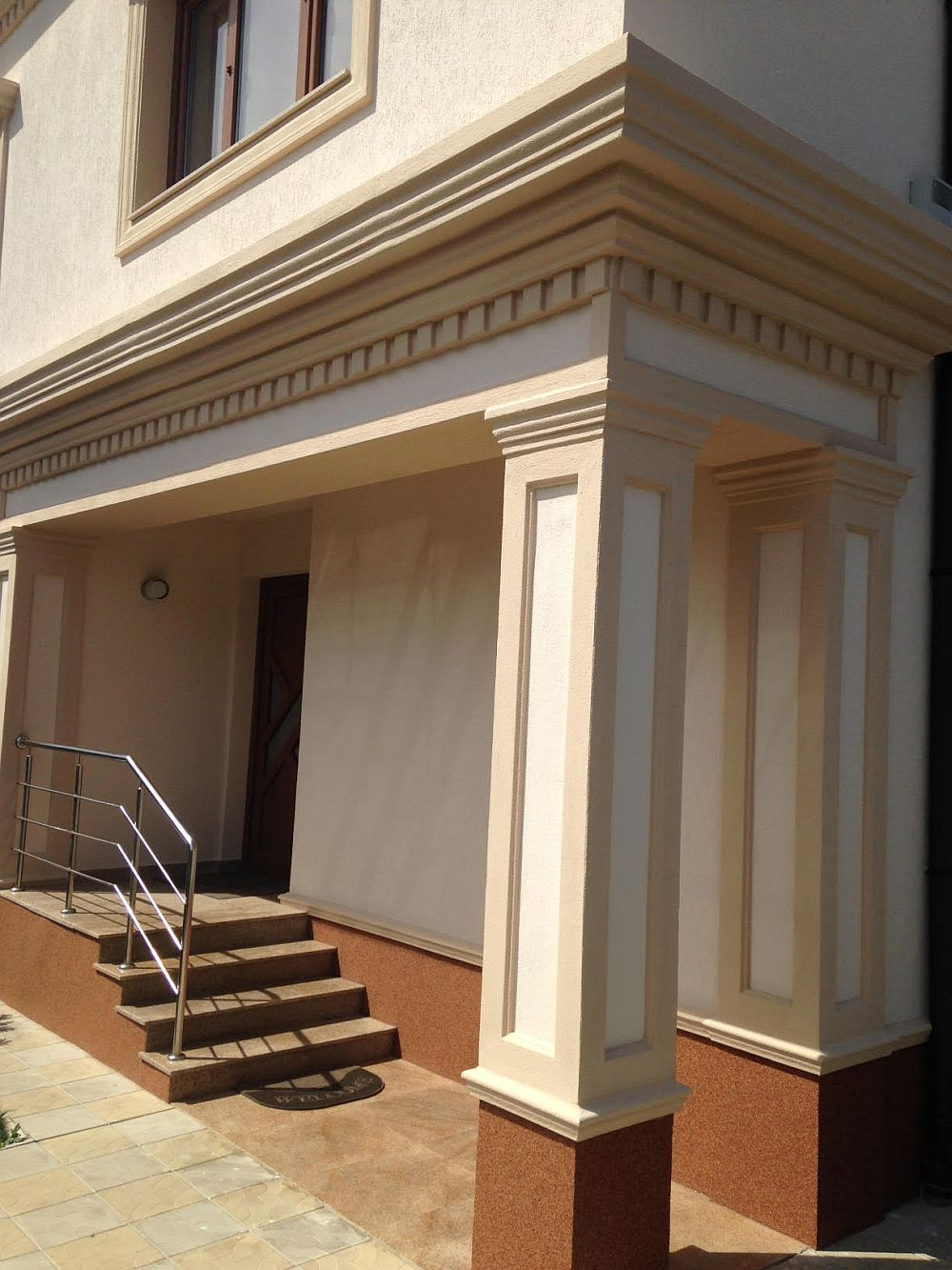 adelaparvu.com despre fatade exterioare redecorate cu profile decorative, lucrare CoArtCo (12)