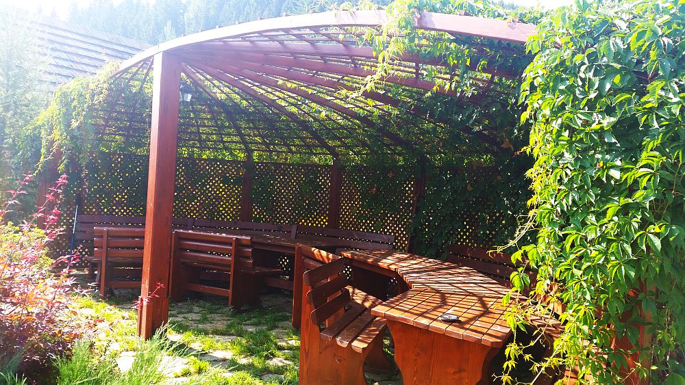 adelaparvu.com despre gradina in Bucovina, design Garden Green Campulung Moldovenesc, Foto Adela Parvu (16)