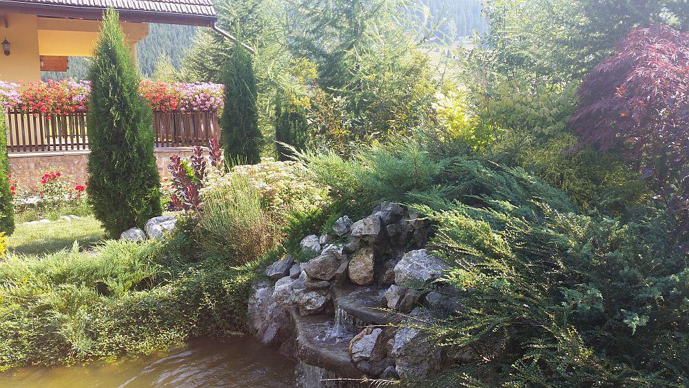 adelaparvu.com despre gradina in Bucovina, design Garden Green Campulung Moldovenesc, Foto Adela Parvu (42)