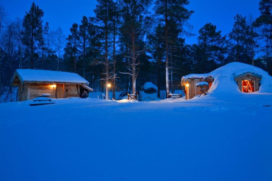 adelaparvu-com-despre-cabana-hobbit-hobbithytta-norvegia-design-sverre-mork-foto-facebook-hobbithytta-21
