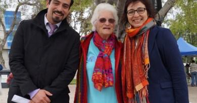 Director Nacional y Regional SENADIS (Evelyn Magdaleno) junto a Anna Gossens