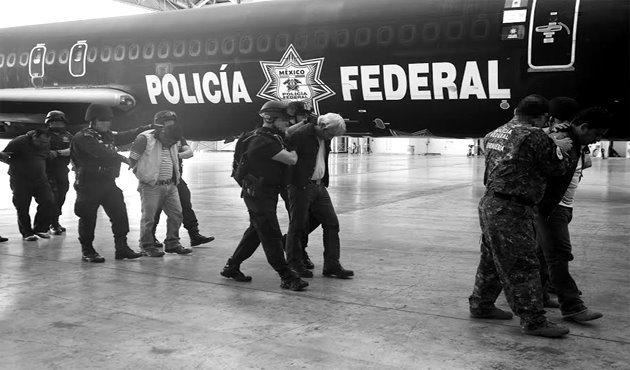 Pendientes 29 órdenes de aprehensión contra CNTE, afirma PGR (18:00 h)