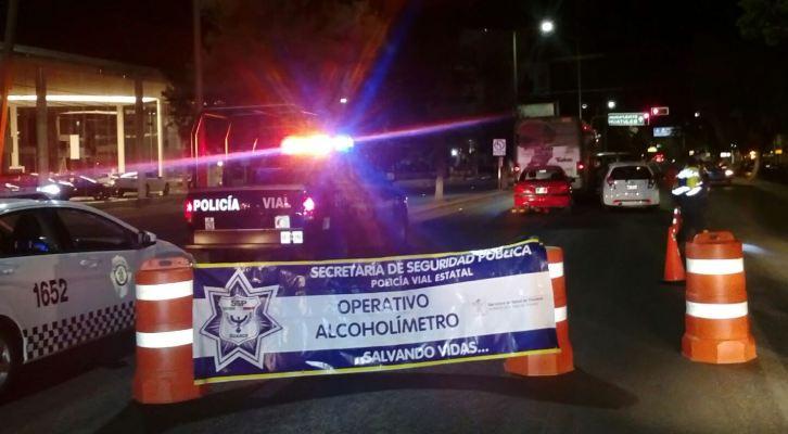 Asegura Policía Vial a 13 conductores en operativo alcoholímetro en Oaxaca (14:10 h)
