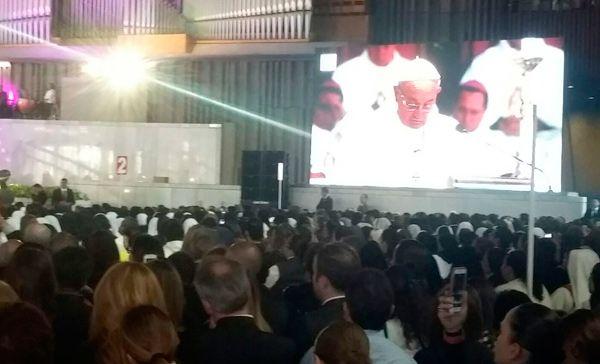 Papa recuerda a desaparecidos y desplazados durante misa en la Basílica (19:18 h)