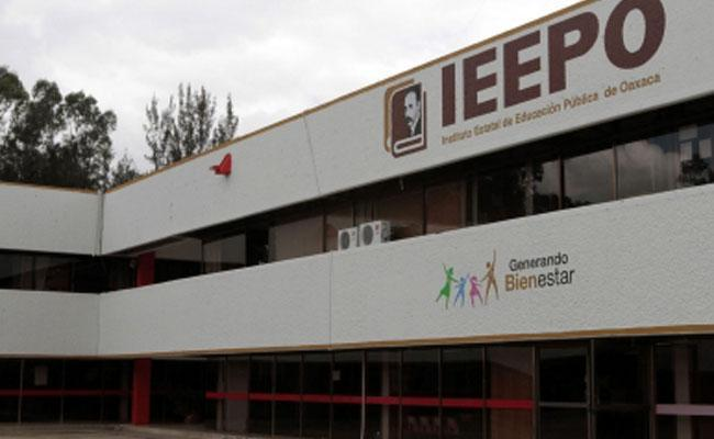 Invita IEEPO a docentes a inscribirse a los Cursos de Formación Continua y de Regularización (21:30 h)