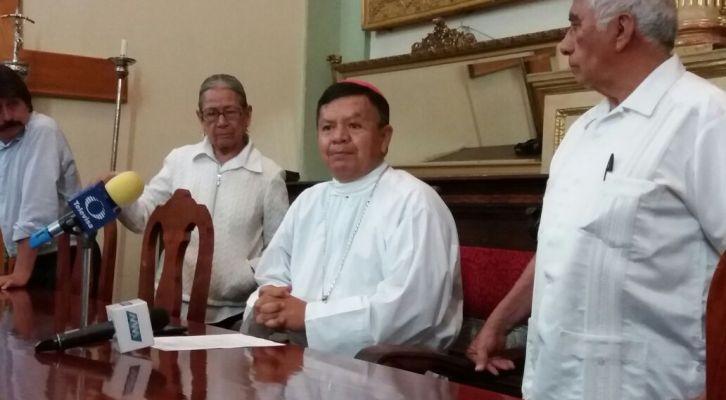 Obispo de Oaxaca extiende llamado a favor de la educación (14:40 h)