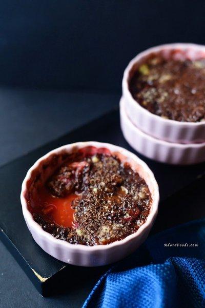 Dark Chocolate Rhubarb Crumble