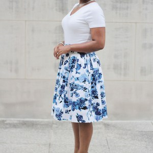 Pleated Midi-Skirt with Pockets