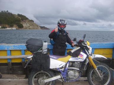 Cruzando el lago Titicaca