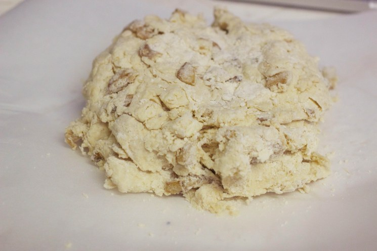 cinnamon-apple-scone-6
