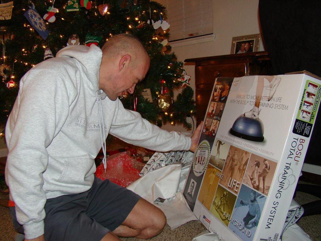 Christmas Gift Review–BOSU Ball