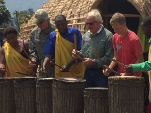 20160802-rwanda-village-dean-landon-johng (2)