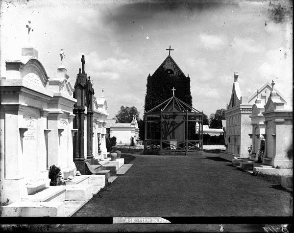 St. Roch Cemetery in New Orleans, Louisiana (Louisiana State Museum, ca. 1880-1920)