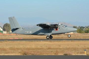 7_-DHC-6-300HG-Landing