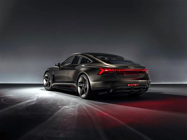 Audi-e-tron-GT-10-768x576