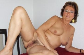 reife damen nude