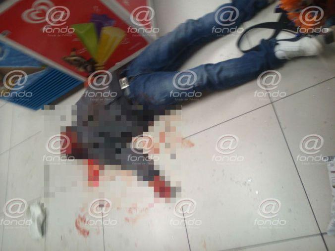 El asaltante murió de manera inmediata.