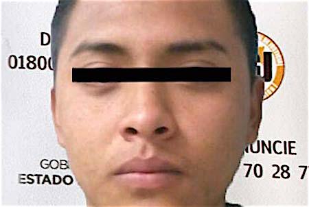 Detienen a policía municipal de Naucalpan por robo con violencia