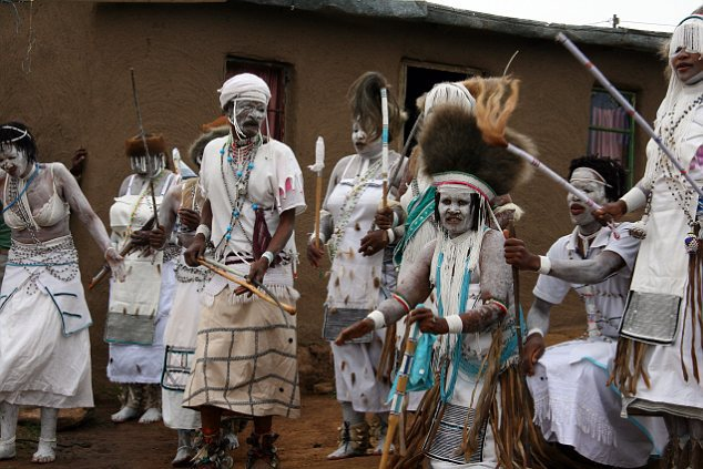 B0CHMD Xhosa sangomas in Mgwali village, Eastern Cape of South Africa performing a cultural dance.