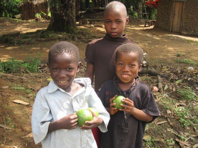 西アフリカ・リベリアでフェアなダイヤモンドの実現を目指す! 〜クラウドファンディングに挑戦中〜