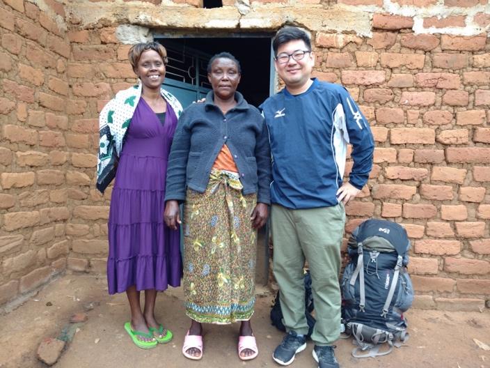 いざ研究対象であるキツイ県へ!ケニアの洗礼と農村地域の日常生活!