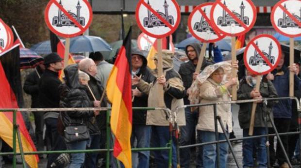 Elections régionales en Allemagne : Le parti d'Angela Merkel recule
