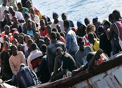 Le bateau de migrants renfloué, le bilan monte à 202 morts — Egypte