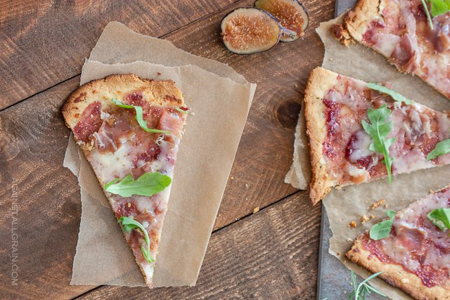 Paleo Fig and Prosciutto Pizza