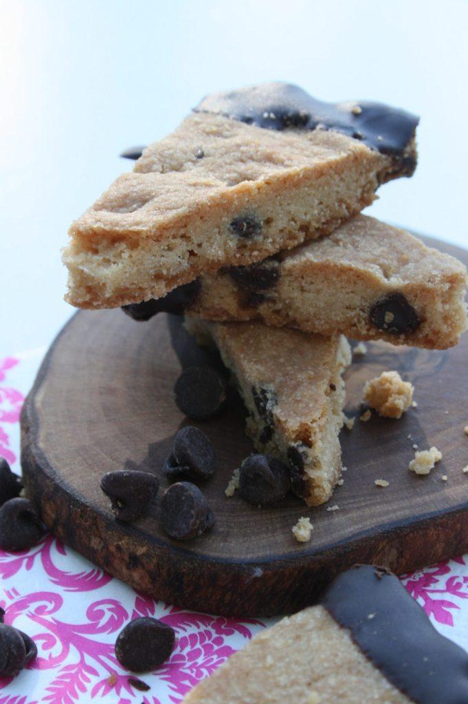 Double Chocolate Shortbread Cookie Recipe | ahealhtylifeforme.com