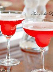 Kiss-Lips-Cocktail