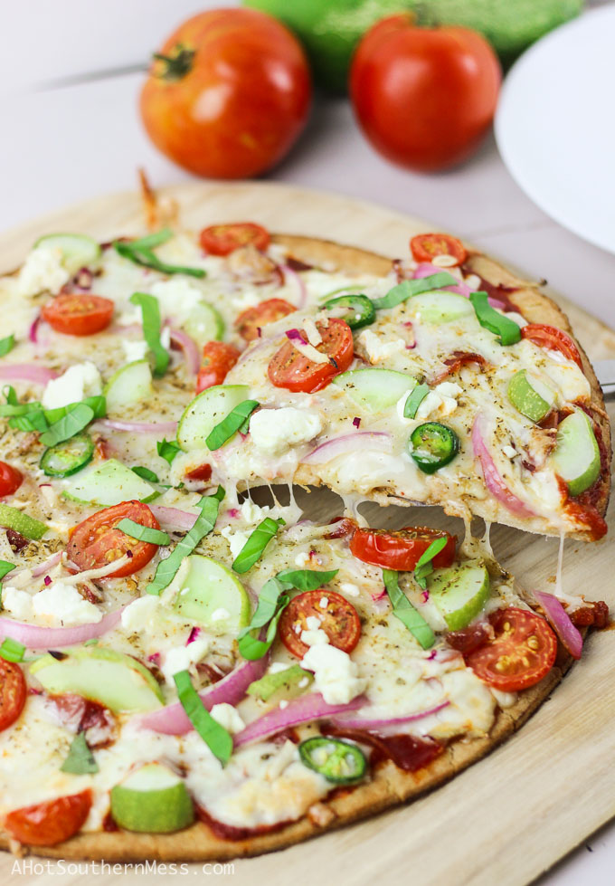 how to make salad pizza