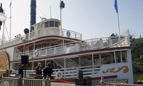 molly Disneyland Paris erstrahlt zum 20. Jubiläum im neuen Glanz