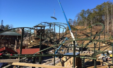 Dollywood baut Family Coaster und Resort!