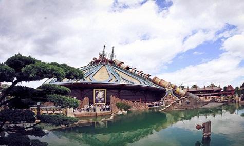 Disneyland Paris   Was wäre eine Welt ohne Captain Jack Sparrow?