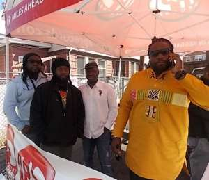 Morgan Heritage and Maxie D from Groovin Radio 93.5fm