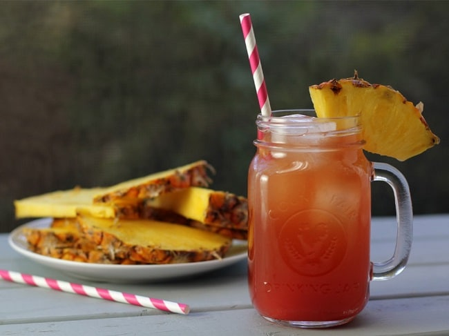pineapple and rum punch