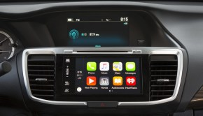 16_Accord_CarPlay_005