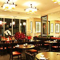 落ち着いた店内で本格中国料理をご堪能ください。