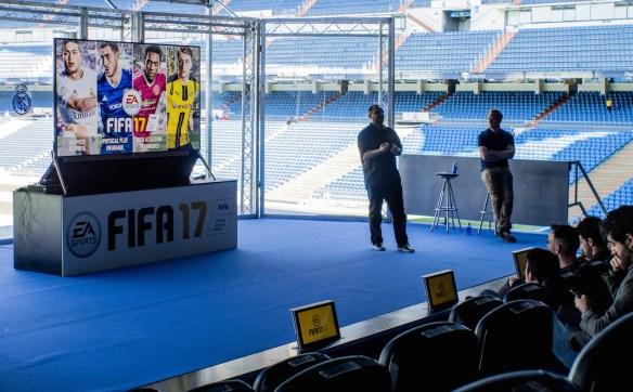 Presentación de FIFA 17 en el Bernabéu