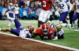 Quarterback Jalen Hurts in the Crimson Tide's Peach Bowl victory. (Amelia B. Barton/UA Athletics)