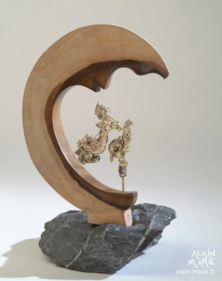 Souffle de lune  bronze, schiste, tulipier