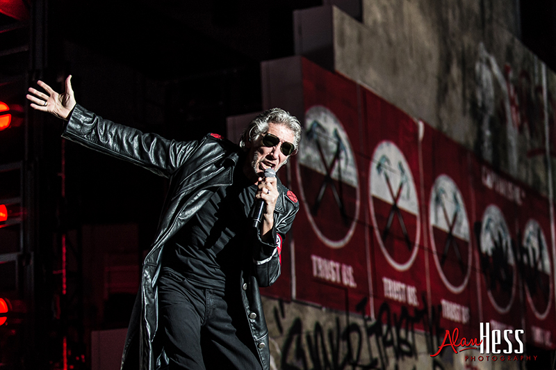 Roger Waters - The Wall - Live 2012