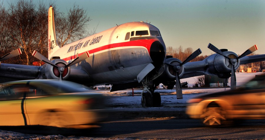 Alaska Aviation Museum DC-6 moved off airport