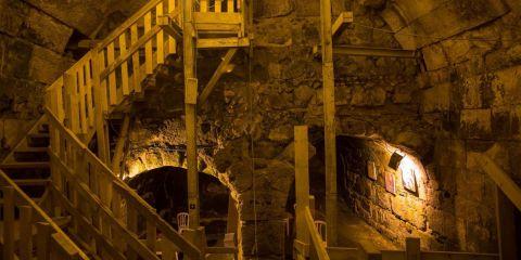 الحفريات تحت القدس