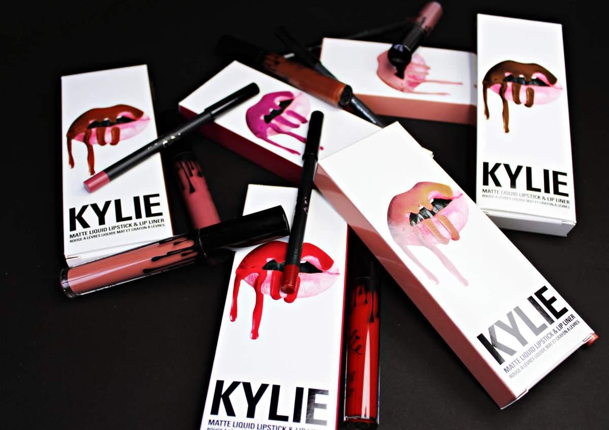 Muss man die Lip Kits von Kylie Jenner wirklich haben?