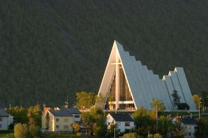 Ishavskatedralen ude 1