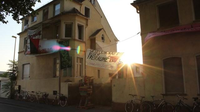 Fotos vom Haus und vom Hoffest in der oberen Austraße
