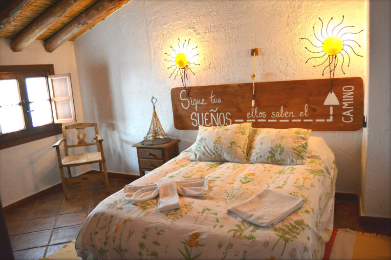 Dormitorio doble Carrihuela Amarilla Casa Rural